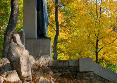 Stifterův pomník na Dobré Vodě
