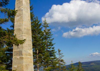 Pomník A.Stiftera na Plešným jezerem