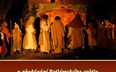 Horní Planá zve na Živý betlém spředáváním betlémského světla